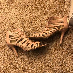 Nine West nude / light pink heels